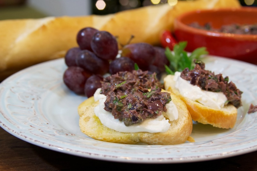 Crostinis with Burrata Cheese and Kalamata Olive Tapenade